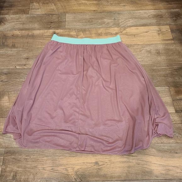 2XL Lularoe Mint & Rose Skirt